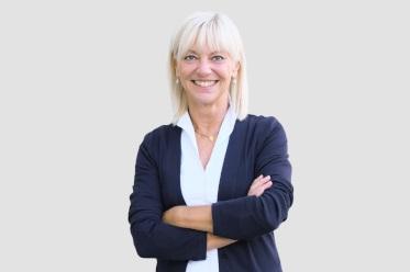 Portrait: Staatsministerin Carolina Trautner