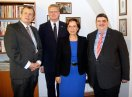 Peter Barton, Leiter Sudetendeutschen Büros in Prag, Vize-Premierminister Pavel Bĕlobrádek, Staatsministerin Müller, Bernd Posselt