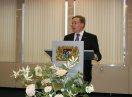 Der Ehrenamtsbotschafter der Bayerischen Staatsregierung, Markus Sackmann, Staatssekretär a.D., hält ein Grußwort