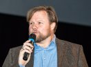 Michael Grimm, der in ein Mikrofon spricht