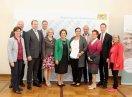 Gruppenbild der Preisträger mit Ministerin