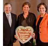 Foto zum Artikel BEREITS 50.000 EHRENAMTSKARTEN VERLIEHEN